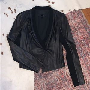 Stunning Trouve 100% leather blazer, M